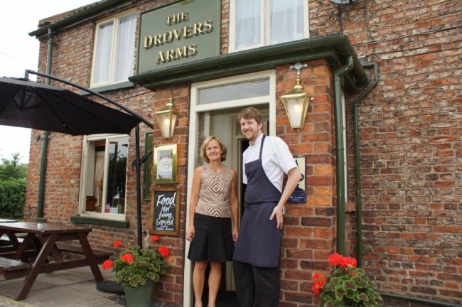 Sykes House Farm's Jill Dodgson and Ed Allen, The Drovers Arms Head Chef