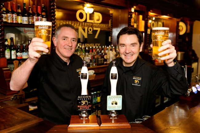Dave Hughes and David Broadhead in Acorn Brewery's Old No 7 pub