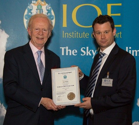 Paul Wright with Lord Empey presenting the award