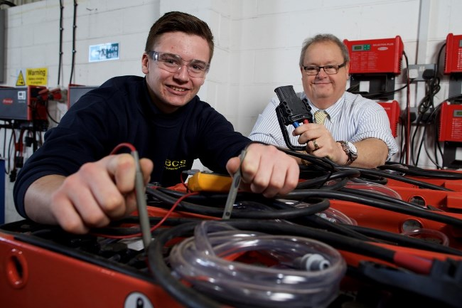 businesses embrace apprenticeships  finance yorkshire backing yorkshire business daily